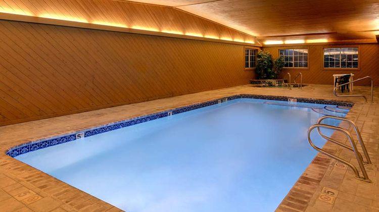 Super 8 Carroll/East Pool