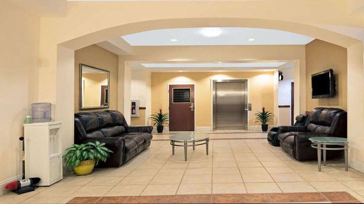 Super 8 Austin/Airport South Lobby