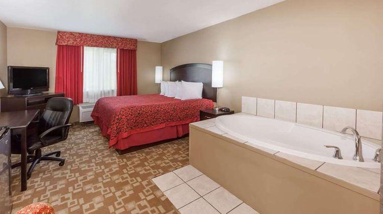 Days Inn Central City Suite