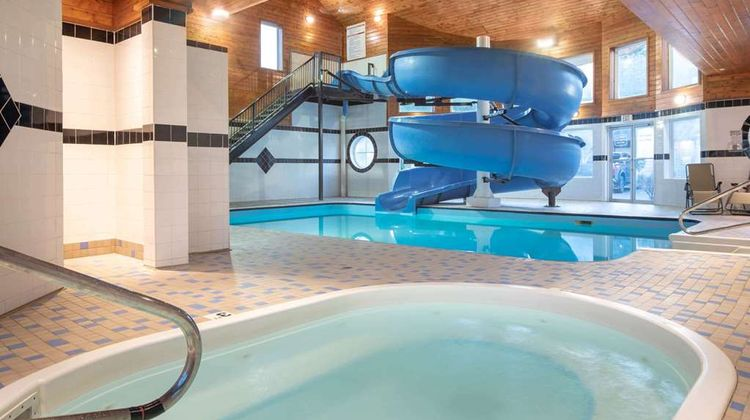 Travelodge Sportsman Lodge Pool