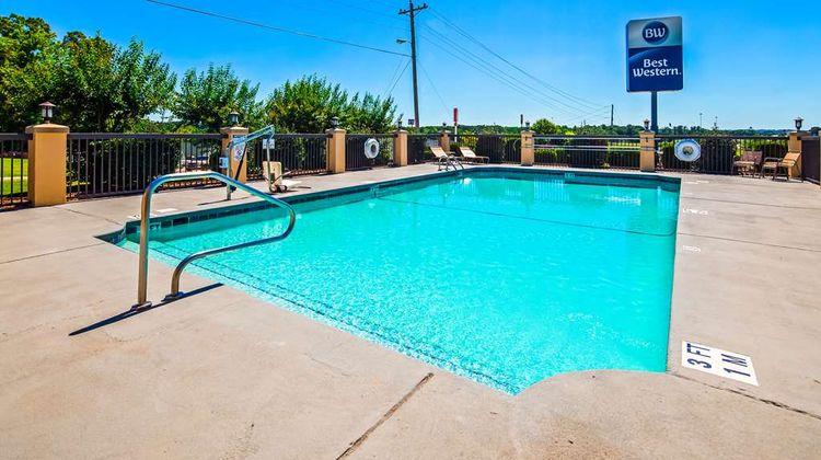 Best Western Inn Pool