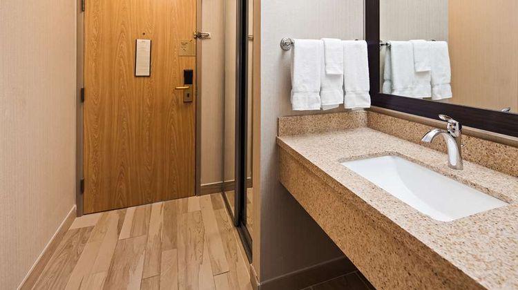 Best Western Plus CottonTree Inn Room