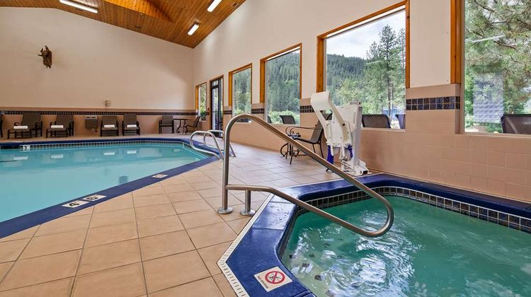 Best Western Lodge at River's Edge Pool