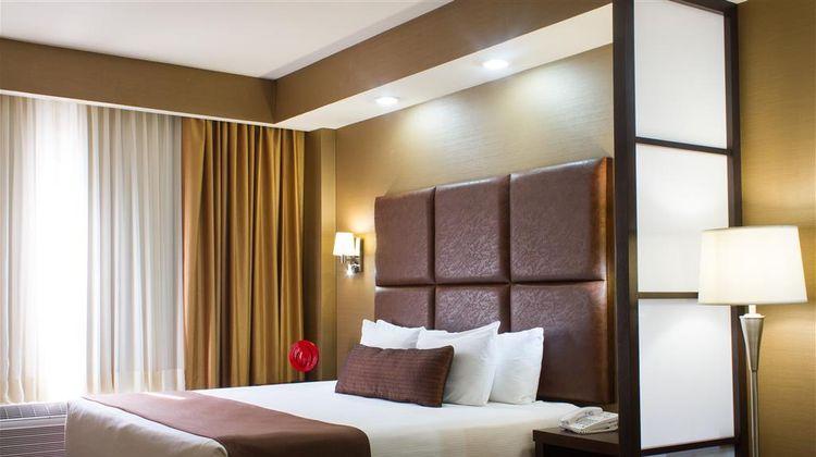 Best Western Premier Monterrey Airport Suite