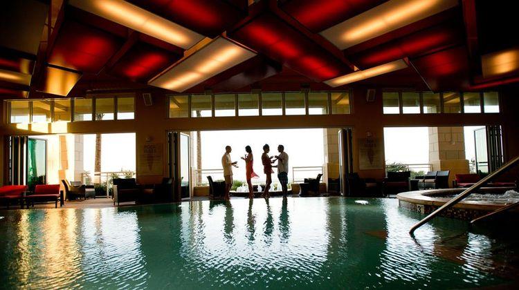 Oceanaire Resort Hotel Pool