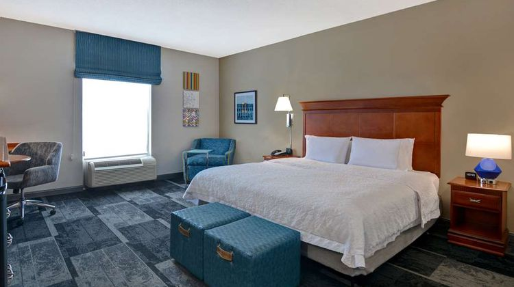 Hampton Inn & Suites Room