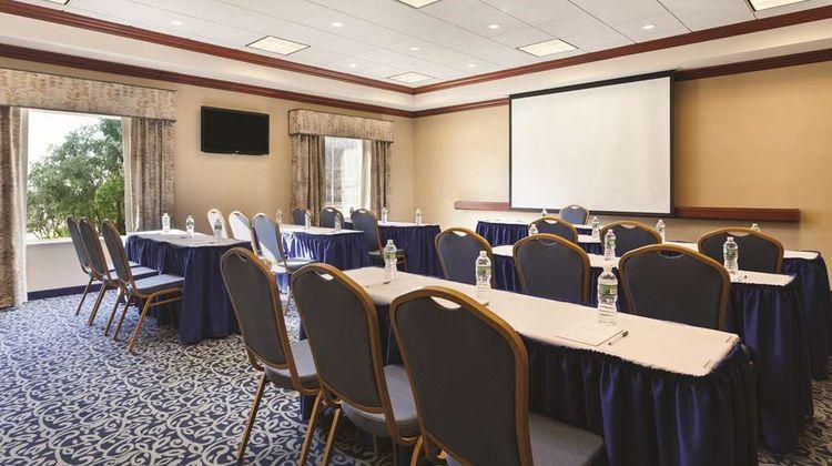 Hampton Inn & Suites Mystic Meeting