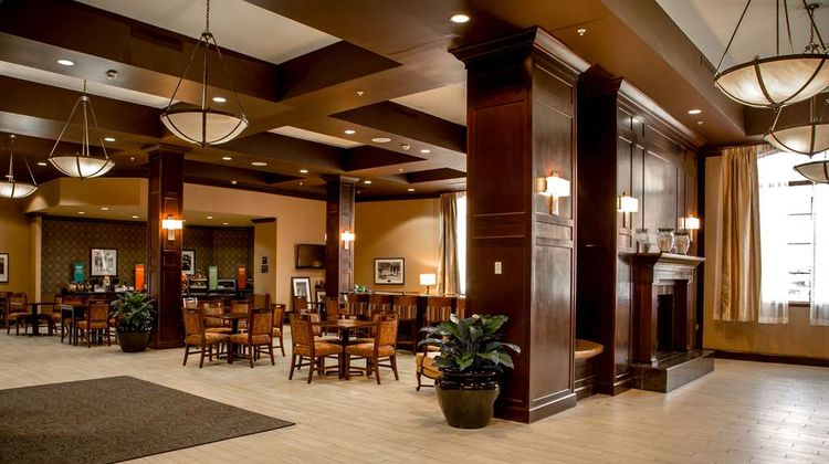Hampton Inn & Suites Albany-Downtown Lobby