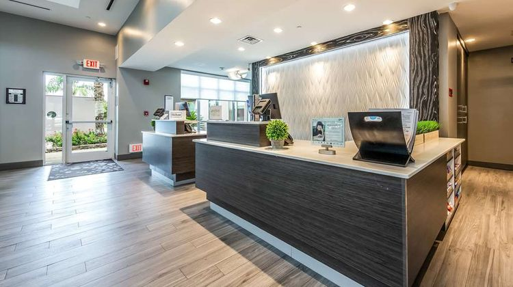 Hilton Garden Inn Beaumont Lobby