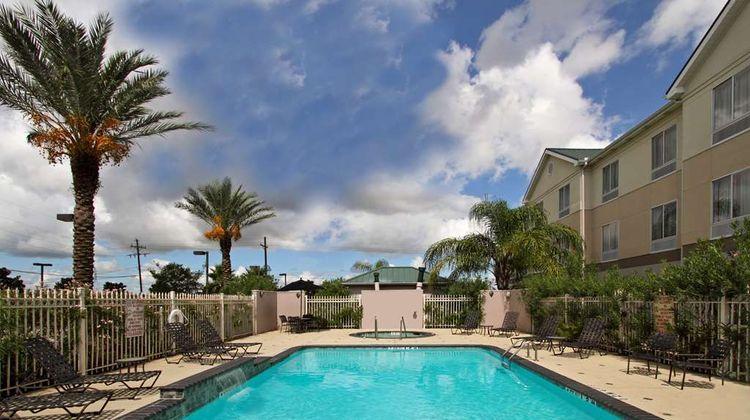 Hilton Garden Inn Beaumont Pool
