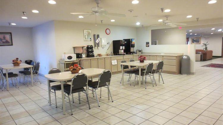 Americas Best Value Inn Pinckneyville Restaurant