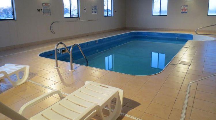 Americas Best Value Inn Pinckneyville Pool