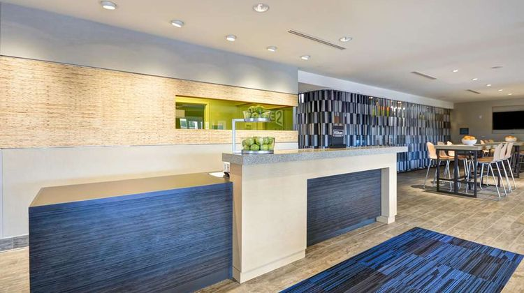 Home2 Suites by Hilton Charles Town Lobby