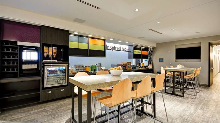 Home2 Suites by Hilton Charles Town Restaurant