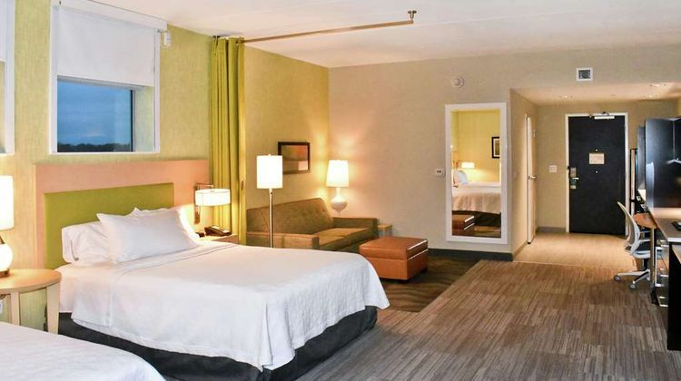 Home2 Suites by Hilton Charles Town Room