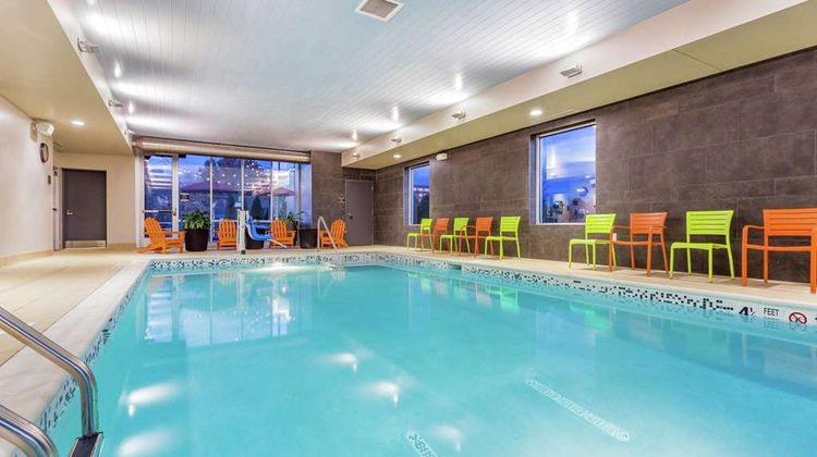 Home2 Suites Albany Airport/Wolf Rd Pool