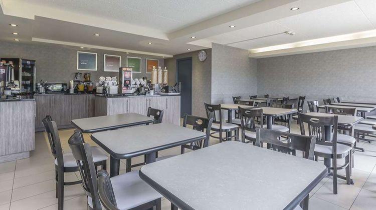 Comfort Inn Levis Restaurant