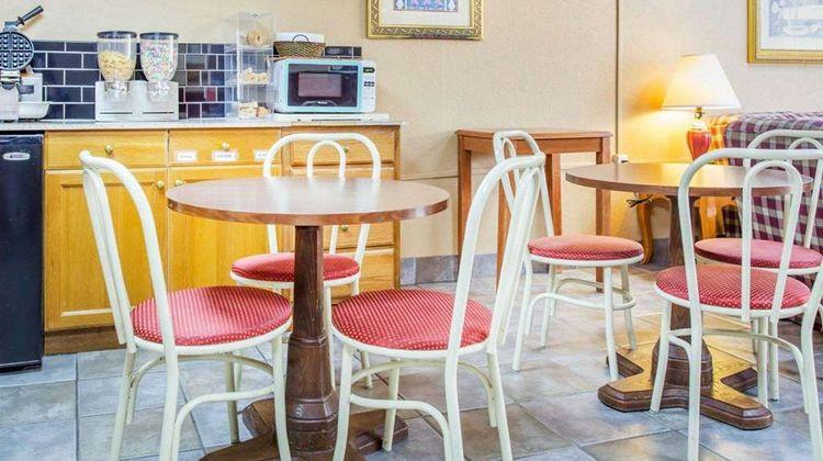 Rodeway Inn Stone Mountain Restaurant