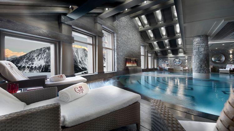 Hotel Le K2 Palace Pool