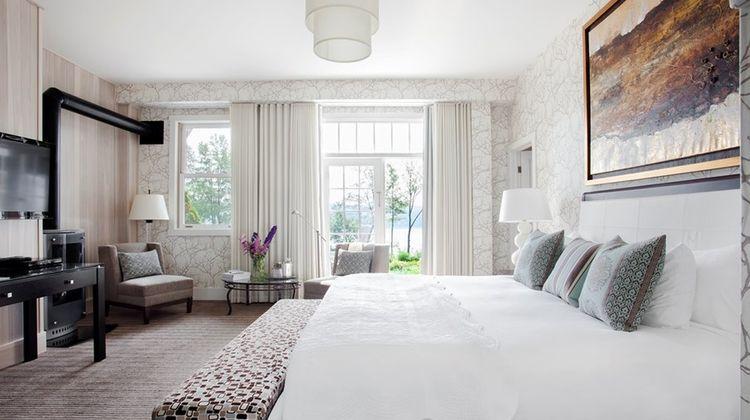 Manoir Hovey Room