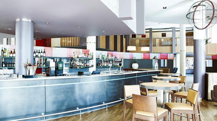 Novotel London Greenwich Lobby