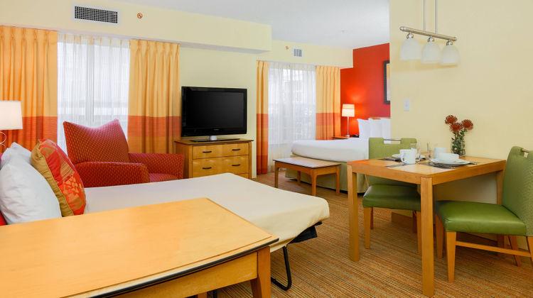 Residence Inn by Marriott Suite