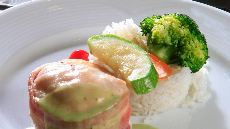 Holiday Inn Monterrey Parque Fundidora Restaurant