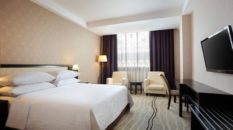Four Points by Sheraton Medan Room