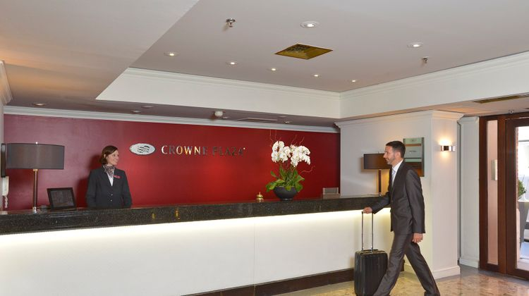 Crowne Plaza Toulouse Lobby