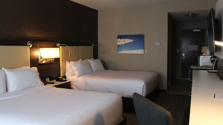 Holiday Inn Express & Suites Cold Lake Room