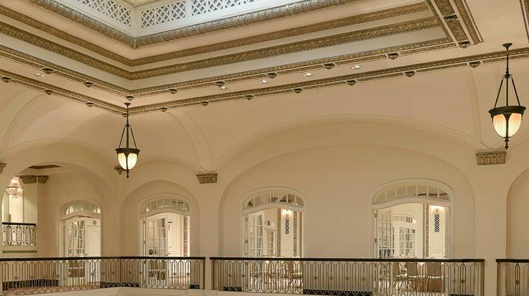 Hotel Blackhawk, Autograph Collection Lobby