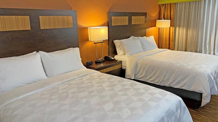 Holiday Inn Danbury Room