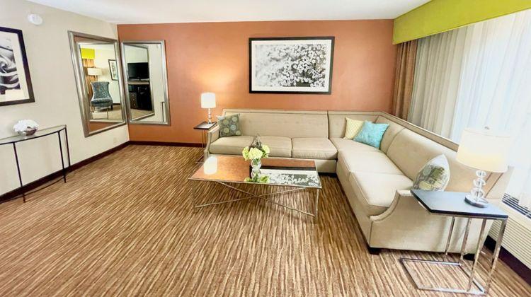 Holiday Inn Danbury Suite