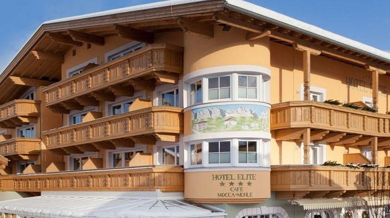 Elite Hotel Exterior