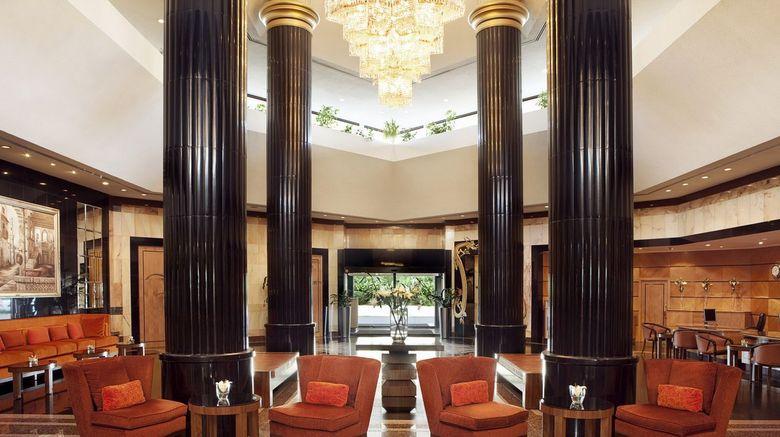 Sheraton Bahrain Hotel Lobby