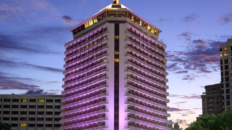 Dusit Thani Bangkok Exterior