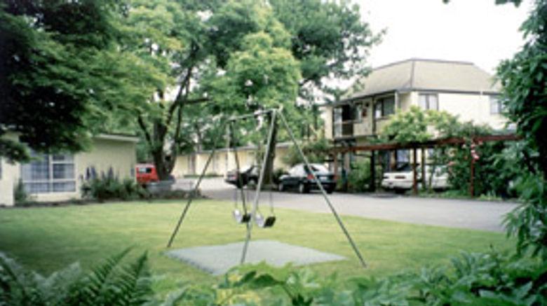Ashleigh Court Motel Exterior