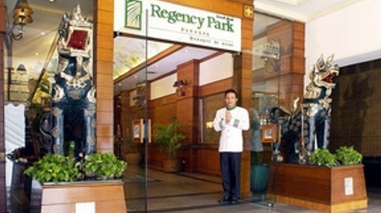 Check Inn Regency Park Exterior