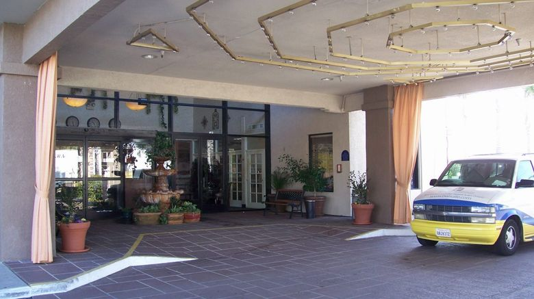 Hotel dLins Exterior