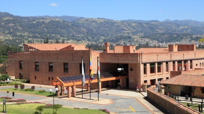 Estelar Paipa Hotel  and  Centro de Convenci Exterior