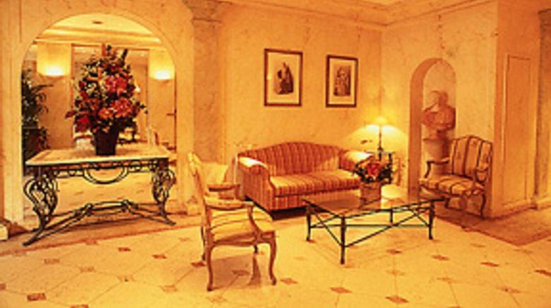 Hotel Montaigne Lobby