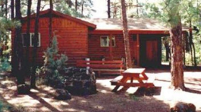 Moonridge Lodge  and  Cabins Exterior