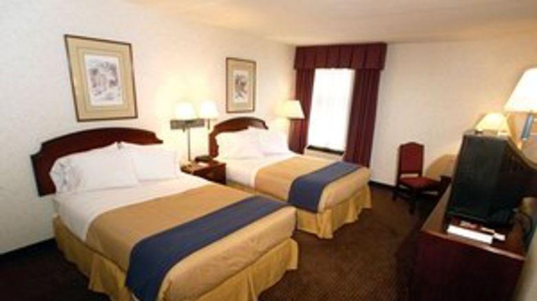 Mulberry Inn  and  Plaza at Fort Eustis Room