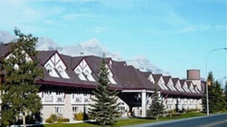 Canmore Inn  and  Suites Exterior