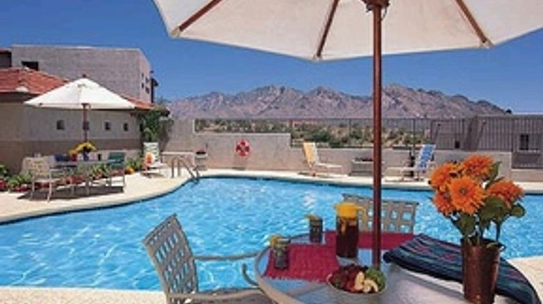 The Golf Villas at Oro Valley Pool