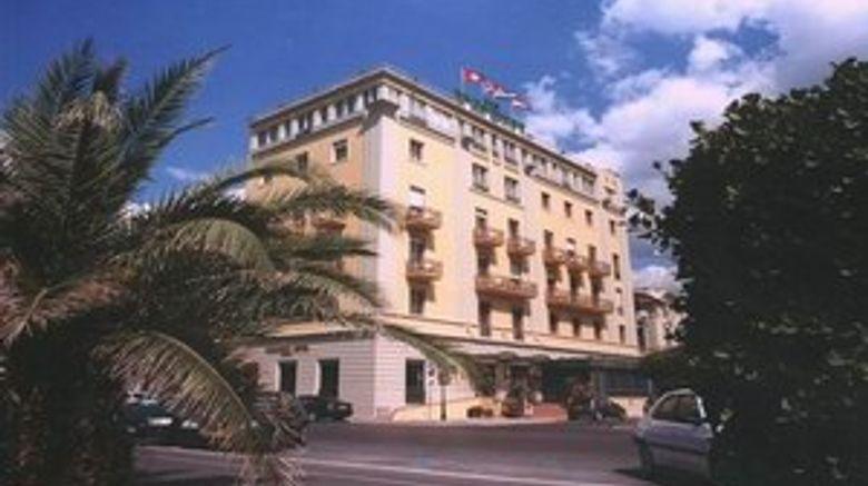 Hotel President Exterior