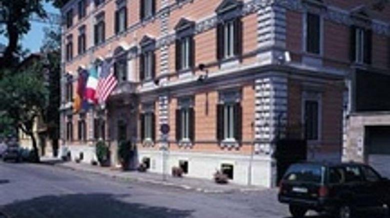 Hotel Giulio Cesare Exterior