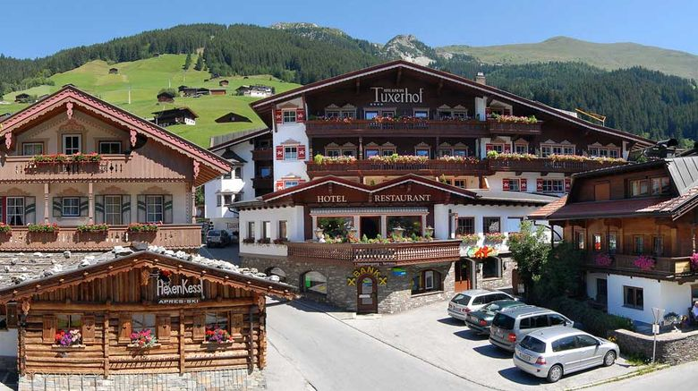 Hotel Alpin Spa Tuxerhof Exterior