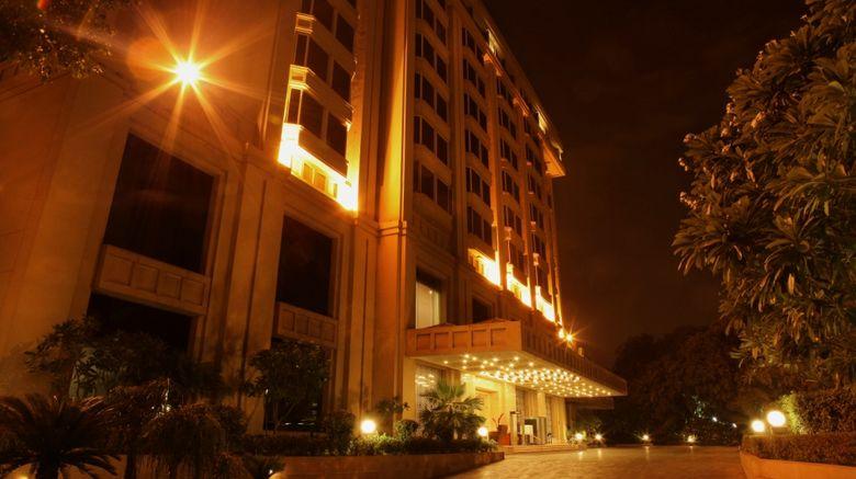 The Metropolitan Hotel  and  Spa Exterior
