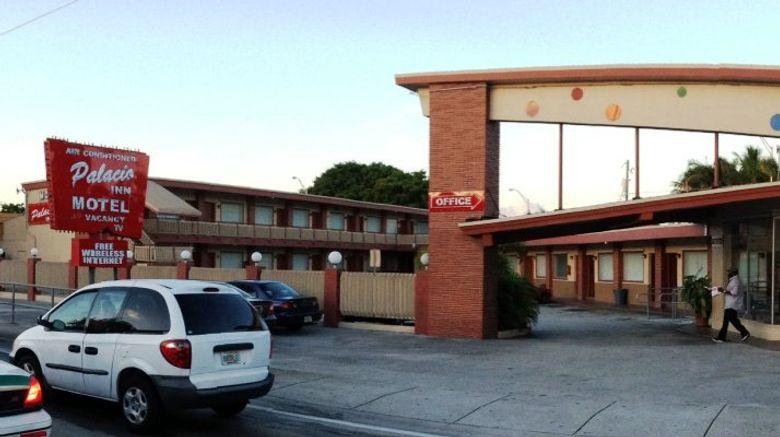 Palacio Inn Motel Exterior
